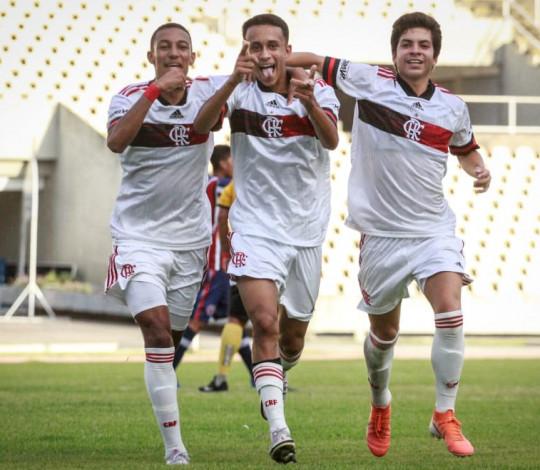 Sub-17 volta a vencer o Maranhão e confirma a vaga nas quartas de final da Copa do Brasil