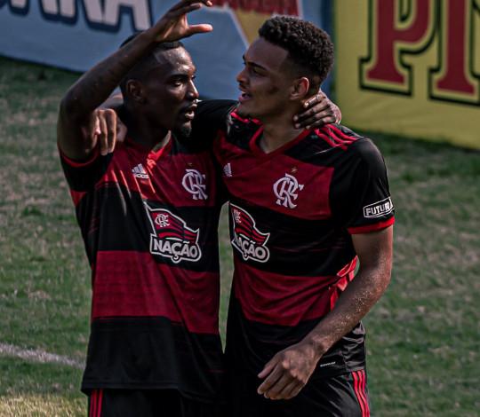 Flamengo empata com o Fluminense por 1 a 1 pelo Brasileiro Sub-20