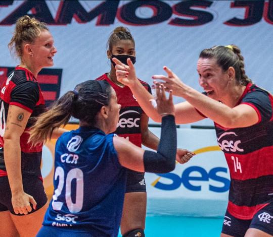 Sesc RJ Flamengo faz grande partida e vence o Praia Clube pela Superliga feminina de vôlei