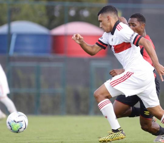 Sub-17 vence o Sport fora de casa e abre vantagem nas quartas de final da Copa do Brasil