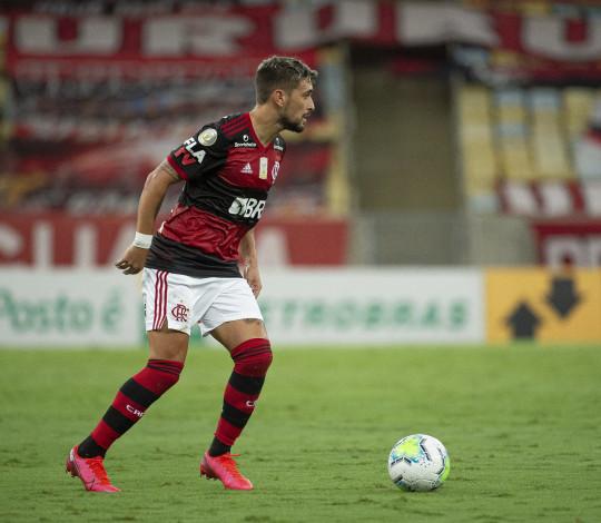 Flamengo perde para o Fluminense por 2 a 1, pela 28ª rodada do Brasileirão
