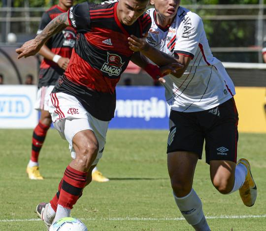 Sub-20 empata com o Athletico PR no jogo de ida da semifinal do Brasileirão