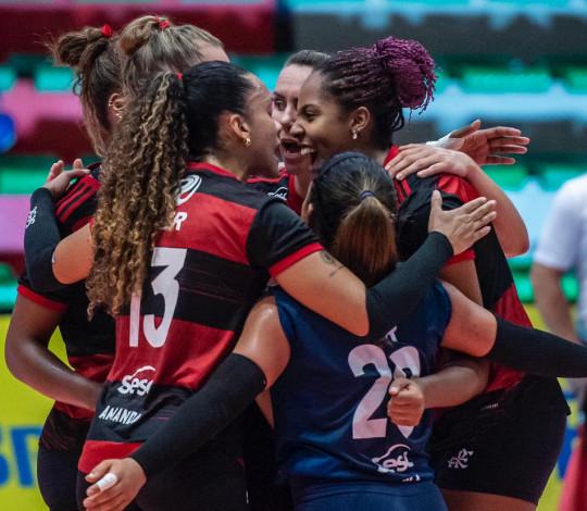 Sesc RJ Flamengo vence o Pinheiros por 3-0 na Superliga feminina de vôlei