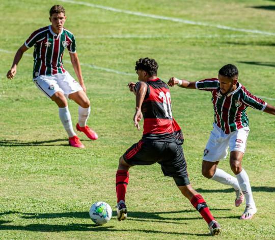 Sub-17 perde para o Fluminense e fica fora da final da Copa do Brasil