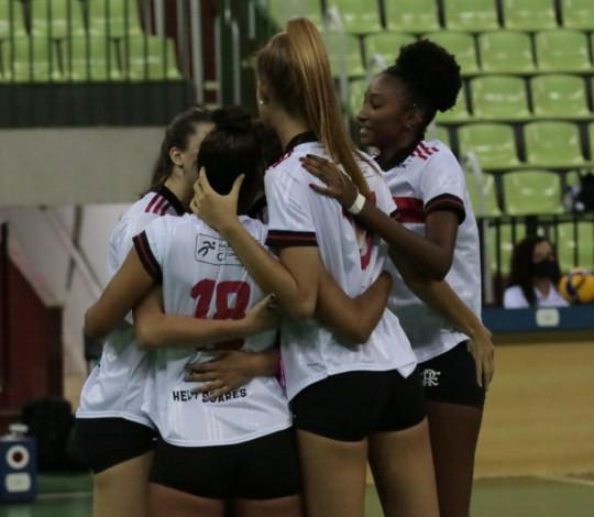 Flamengo é superado por Valinhos na Superliga B Feminina
