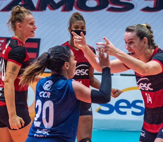 Sesc RJ Flamengo encerra fase de classificação da Superliga em clássico contra o Praia Clube