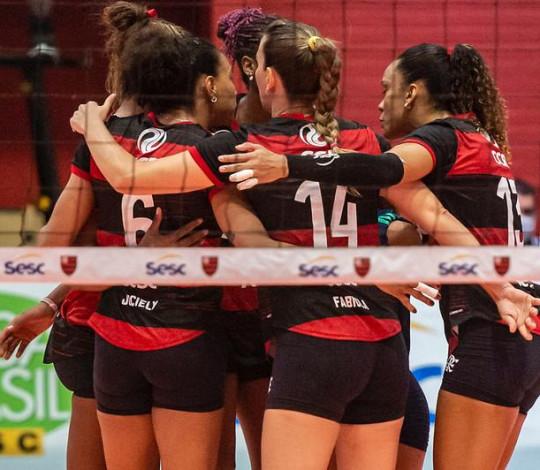 Sesc RJ Flamengo perde por 3 sets 0 para o Praia Clube