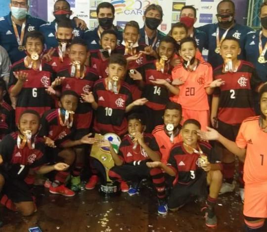 Futsal campeão! Flamengo conquista Série Ouro em três categorias