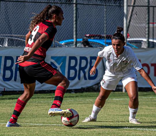 Flamengo perde para o Fluminense por 2 a 0 no Carioca Feminino