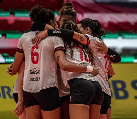 Sesc RJ Flamengo termina a Superliga feminina na quinta posição