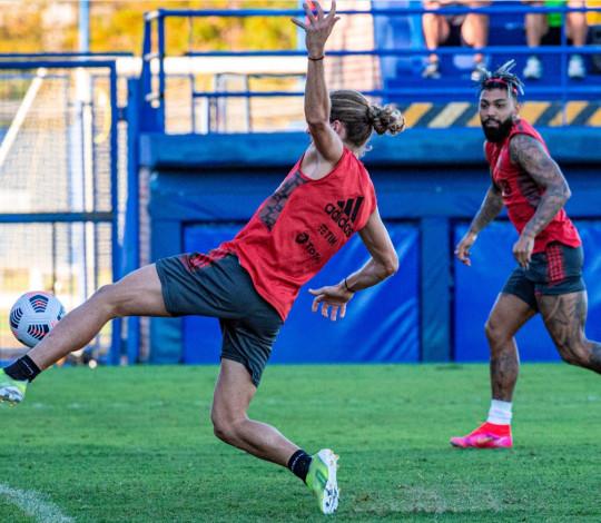 Na Argentina, Flamengo faz último treino antes da estreia na Libertadores contra o Vélez Sarsfield