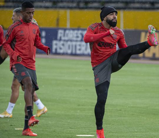 No Equador, Flamengo faz últimos ajustes antes da partida contra a LDU