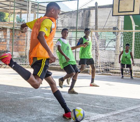 """Campo dos sonhos"" realiza seletiva no Morro da Formiga, na Grande Tijuca"