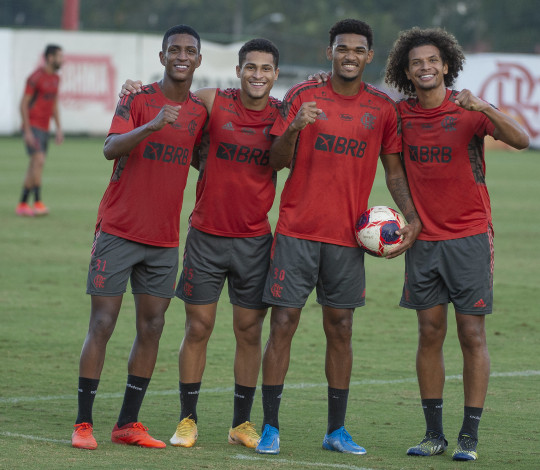 Flamengo realiza último treino antes de encarar o Volta Redonda