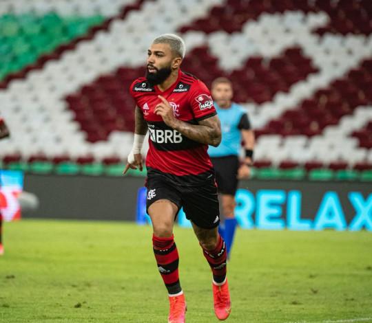 Flamengo empata com o Fluminense em 1 a 1 no primeiro jogo da final do Carioca