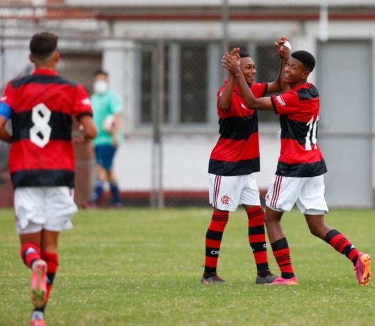 Mengão goleia o Volta Redonda por 5 a 0 na estreia da Copa Rio Sub-15