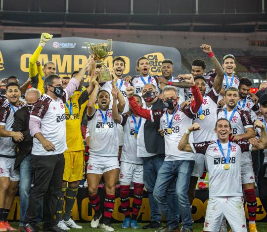 Flamengo vence o Fluminense por 3 a 1, no Maracanã, e conquista o Hexa Tricampeonato Carioca