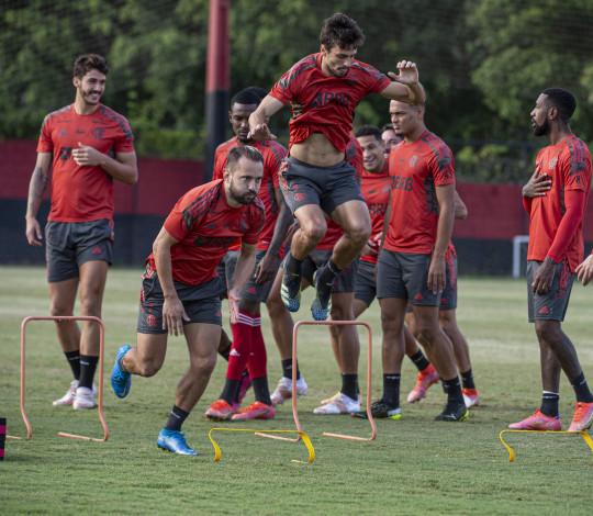 Flamengo finaliza preparação para confronto contra o Vélez Sarsfield, pela Libertadores