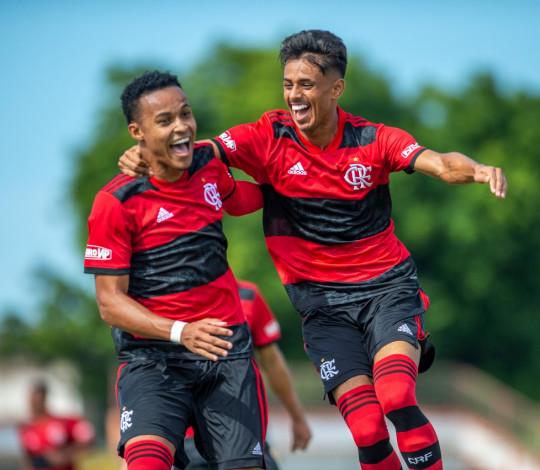 Sub-20 supera o Bangu e chega à terceira vitória na Taça Guanabara