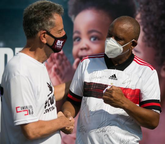 Maracanã recebe doações para Mães da Favela