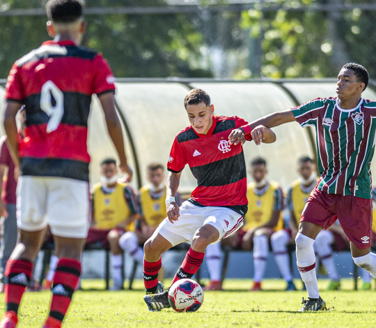 Em clássico bem disputado na Gávea, Flamengo empata em 0 a 0 com o Fluminense pela Copa Rio Sub-17
