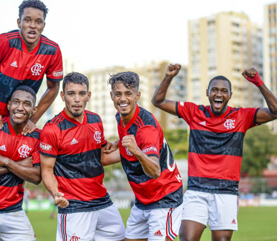 Sub-20 vence o Botafogo mais uma vez e chega ao quarto triunfo no Campeonato Brasileiro