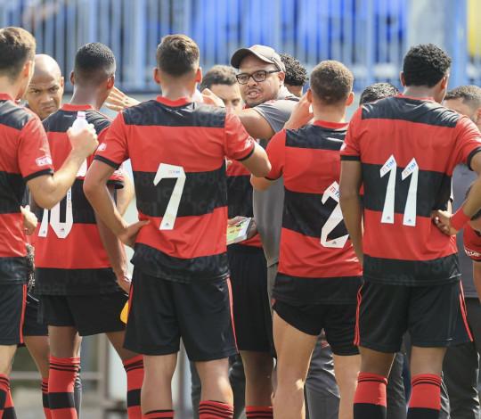 Em grande jogo, Flamengo empata com o Genk (BEL) pela Copa Puskás