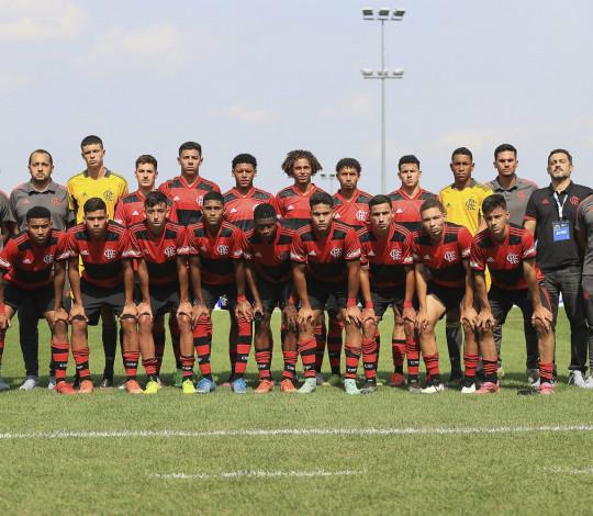 Flamengo perde para o Sporting (POR) e fica fora da final da Copa Puskás Sub-17