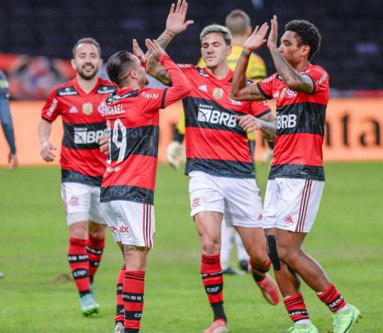 Flamengo goleia o ABC por 6 a 0 e encaminha classificação para as quartas da Copa do Brasil