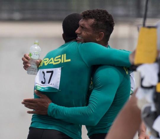 Isaquias Queiroz e Jacky Godmann estão na final olímpica!