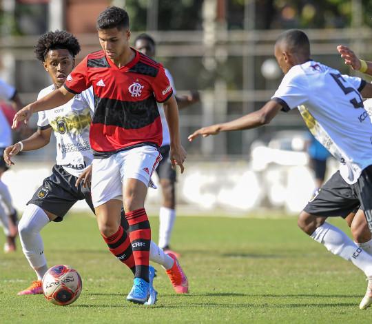 Sub-20 empata por 0 a 0 com o Volta Redonda na Gávea