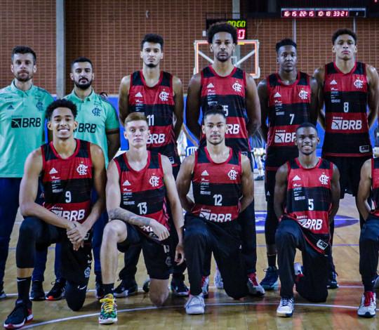 Flamengo encerra primeira etapa da LDB em São Paulo