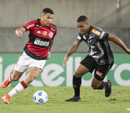 Flamengo vence o ABC na Arena das Dunas e confirma vaga nas quartas de final da Copa do Brasil