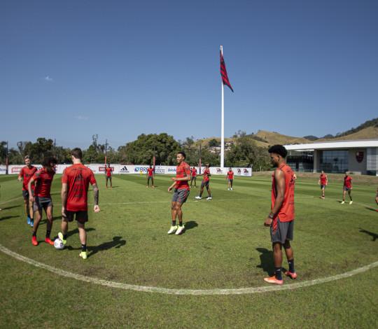Flamengo finaliza a preparação para duelo contra o Olimpia, em Brasília