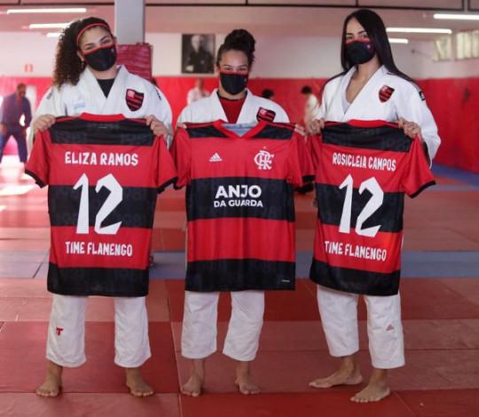 Rosicleia Campos, Eliza Ramos e Duda Diniz são homenageadas por suas participações em Tóquio
