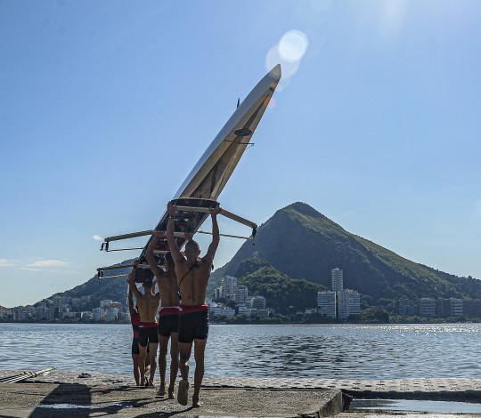 Rubro-negros disputam Brasileiro de Barcos Curtos, Longos e Paralímpico