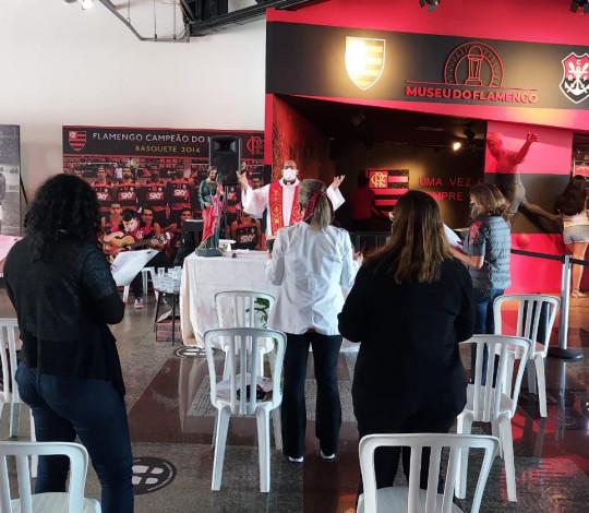Missa Votiva de São Judas Tadeu é celebrada na sede social do Flamengo, na Gávea