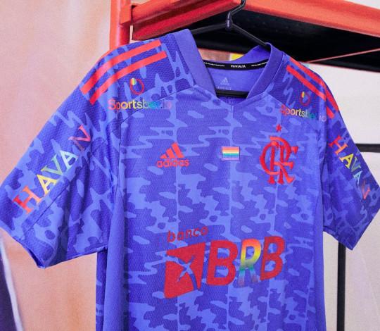 Flamengo e adidas apresentam primeira camisa Pride do clube