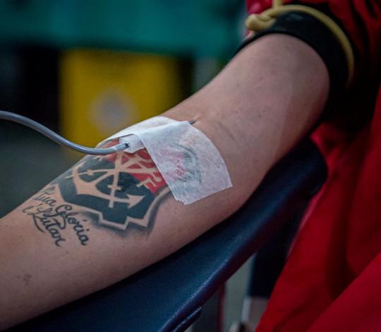 Neste Outubro Rosa, está de volta a campanha Sangue Rubro-Negro, parceria do Flamengo com o Hemorio