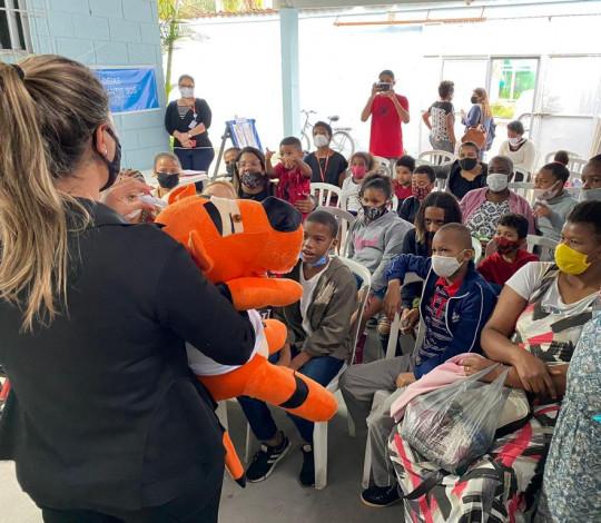 Flamengo e Orthopride realizam ação de saúde bucal na Boiúna-RJ