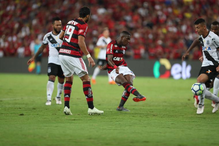 Flamengo empata com a Ponte Preta no Maracanã e avança na Copa do Brasil