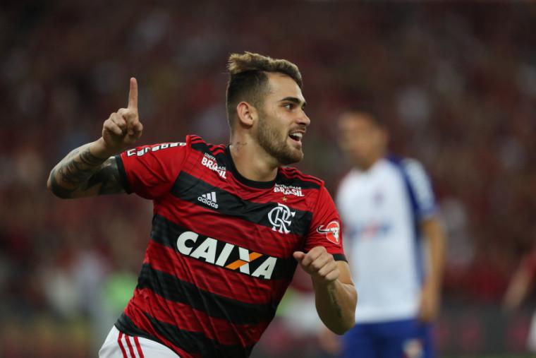 Vizeu comemora seu terceiro gol consecutivo. Foto: Gilvan de Souza/Flamengo