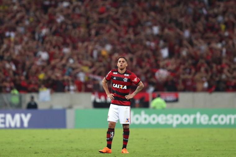 Flamengo é o time que mais desarmou no Brasileiro
