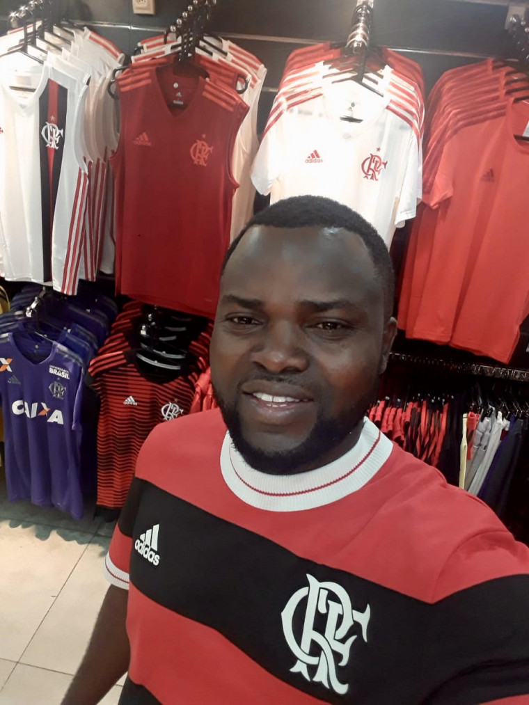 Agostinio Nzinga: Fiz desse clube minha vida.