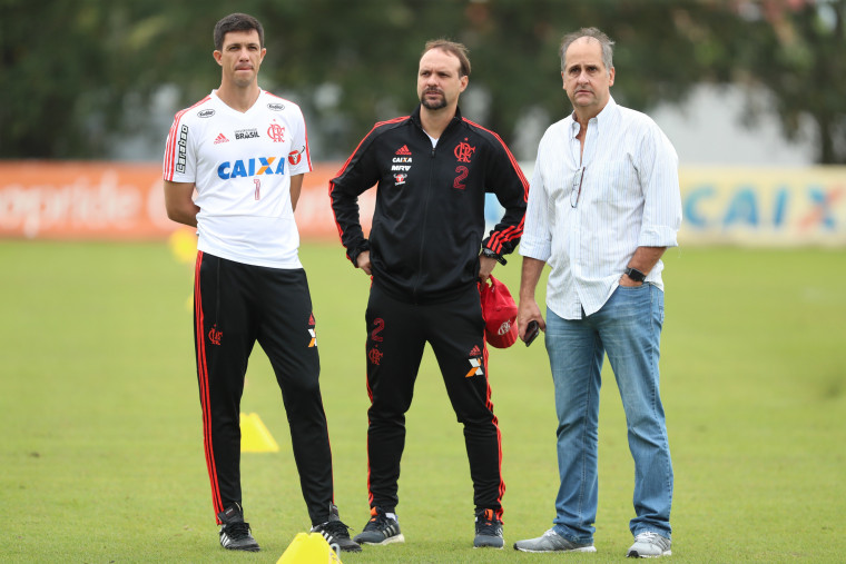 Mauricio Barbieri é efetivado como técnico do Flamengo