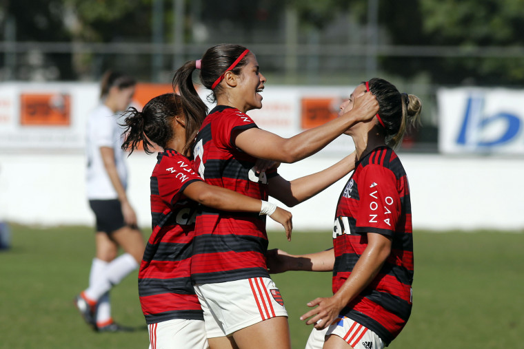 Flamengo Marinha vence Corinthians na 1ª semifinal