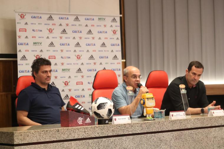 Diretoria comenta negociação de Lucas Paquetá