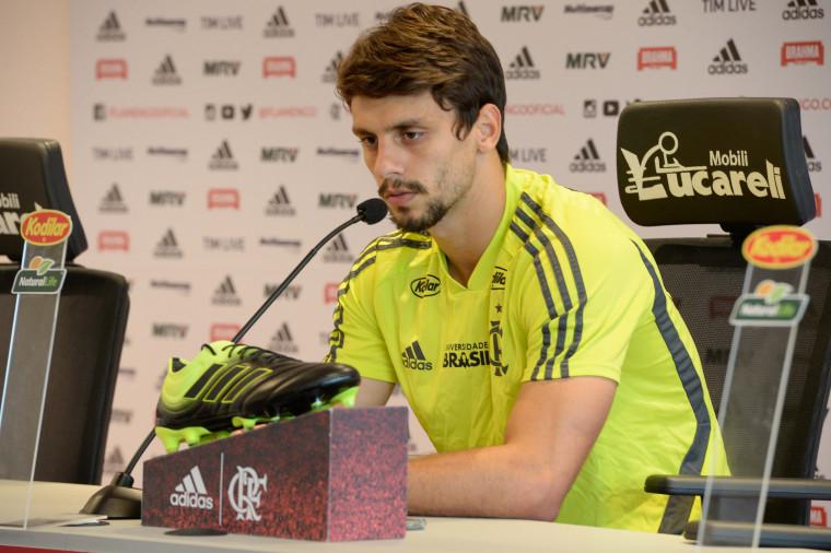 Rodrigo Caio cita crescimento do Flamengo e expectativa para a ... 0c21e0cf60ca9