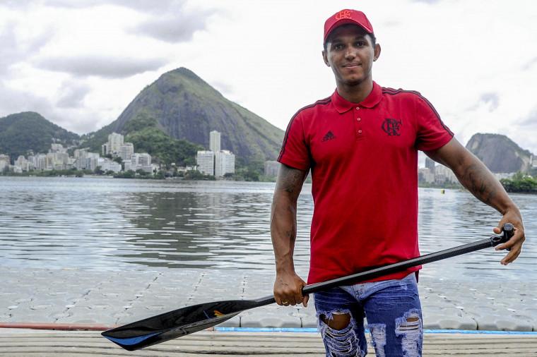 Isaquias Queiroz, um dos destaques olímpicos do clube. Foto: Marcelo Cortes/Flamengo