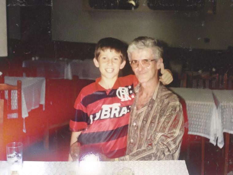 Filipe Luís é torcedor do Flamengo desde criança.